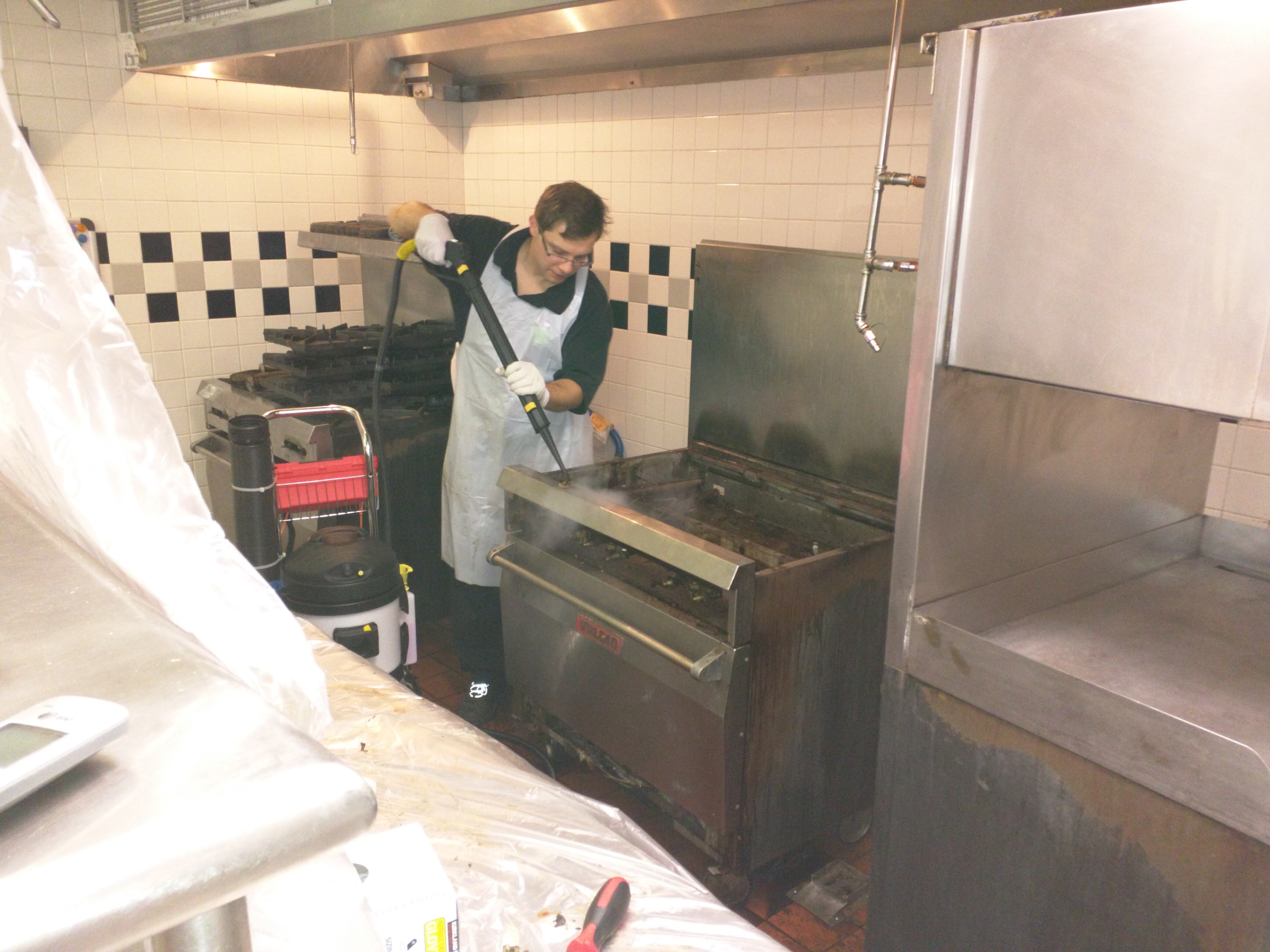 Kitchen Cleaning NC - Commercial Deep Cleaning Services
